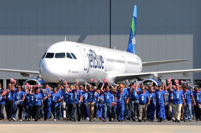 Airbus delivers its first aircraft produced in the USA.