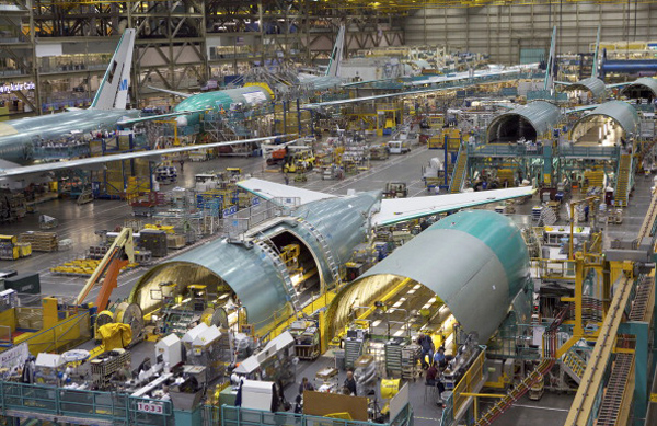 Boeing Considers Ending Production of 747