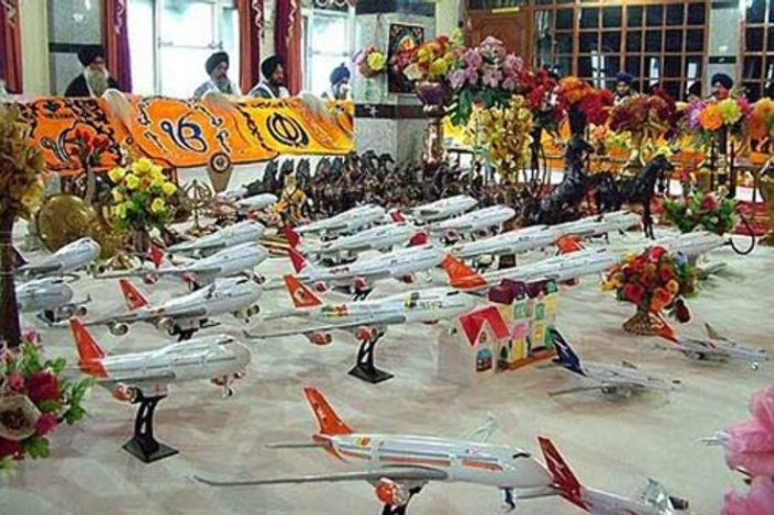 Indian Visa Temple : The Toy Airplanes Sacrifice When Praying for a Visa.
