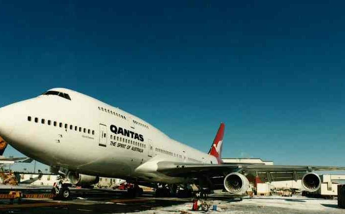 Qantas to retire its five oldest Boeing 747 jumbo jets.