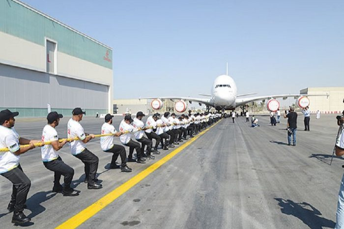 Dubai Police Just Pulled A Huge Emirates A380 Plane And Broke A World Record Doing It