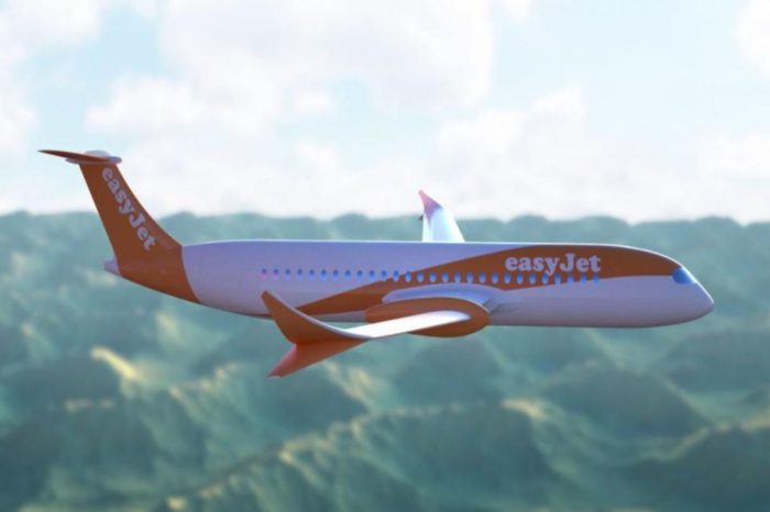 EasyJet signs Skywise Predictive Maintenance agreement with Airbus for its entire fleet.