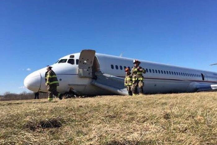 Undetectable Flight Control Malfunction Cause of Jetliner Runway Excursion; Flight Crew's Actions Praised